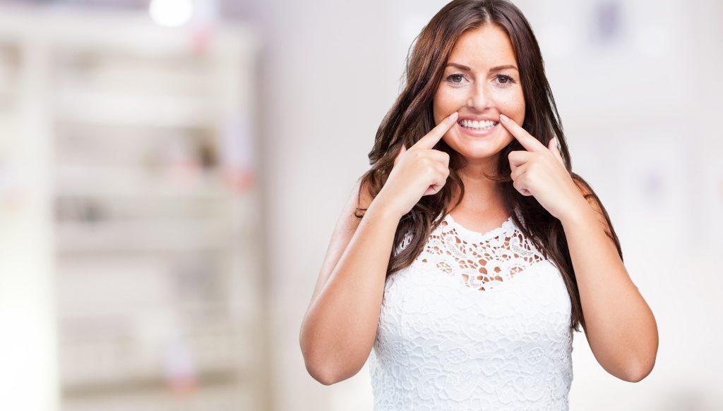 Damyanov dental Избелване на зъбите Избелване на зъбите